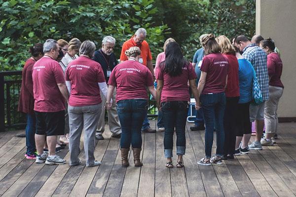 Church, Volunteer, Volunteering, Serving, Volunteerism, Church Volunteer, Greeter, Usher, Parking, Brew, Teamwork, Help, Care, Prayer, Share, Dare, Development, Leadership, Leader